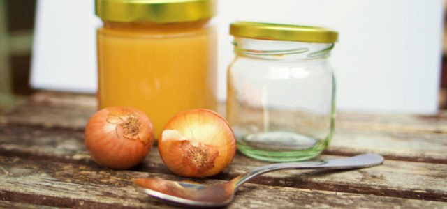 Homemade cough syrup remedy onion juice