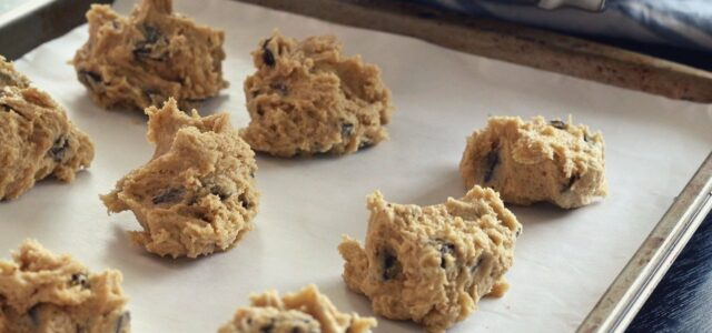 how to clean cookie sheets